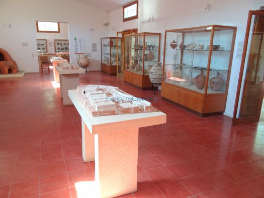 Aegina - Archeological Museum (Kolona's Hill)