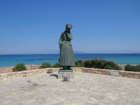 Aegina - Mother's monument (Chr. Kapralos sculptor)