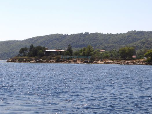 Elia is a small islet in Vourvourou, Chalkidiki