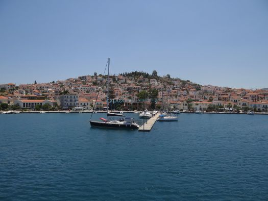 Poros - Arrival from Galata