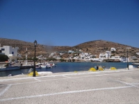 The village Alopronoia is where the port of Sikinos is located