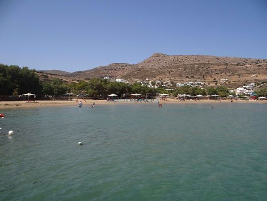 The longest beach in Sikinos is located in the village Alopronoia