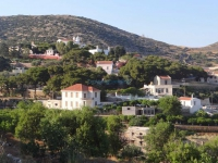 The classy village Episkopio with manor houses