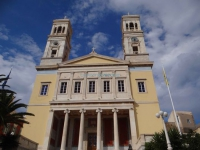 The imposing church of Agios Nikolaos in Vaporia, Hermoupolis
